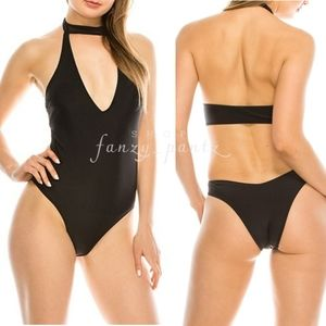 Kendall + Kyle One Piece Swimsuit NEW black